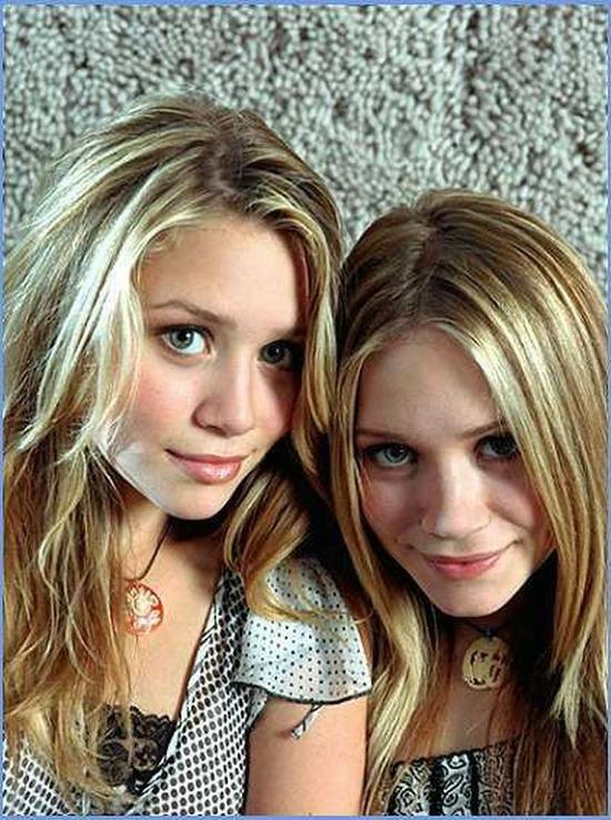 порно красивая сестра блондинка с братом фото